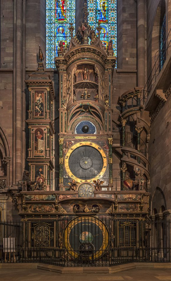Strasbourg_Cathedral_Astronomical_Clock_-_Diliff